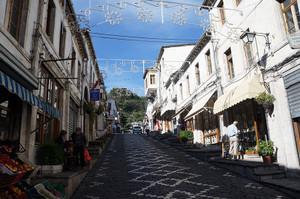 ジロカストラの街並み