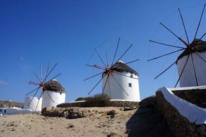 ミコノス島のシンボルともいえる風車