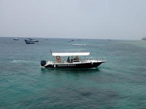 Japamala Resortの迎えに来てくれた船