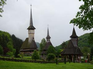 バルサナ修道院の木造教会