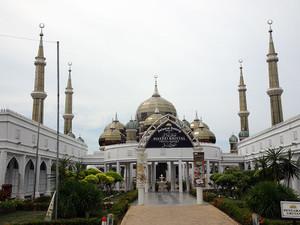 クリスタルモスク