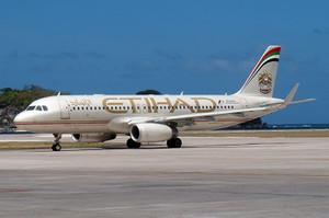 エティハド航空の到着したA320機