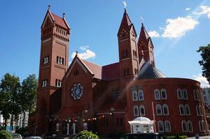 長崎の大浦天主堂から贈られた鐘がある聖シモン・聖エレーナ教会