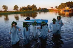 水の妖精登場