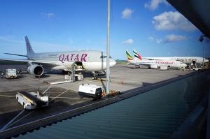 マヘ島空港に並ぶ各社の飛行機